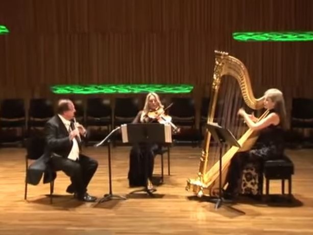 Mozart (arr. d'Antalffy-Zsiross): Trio Sonata for flute, viola, and harp (from K. 423)