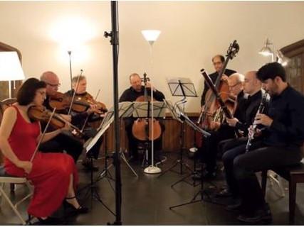 ヒンデミット:「八重奏曲」から V. Fuge und drei altmodische Tänze (Walzer, Polka, Galopp)