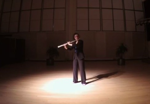 武満 徹:声(ヴォイス)-独奏フルート奏者のための-