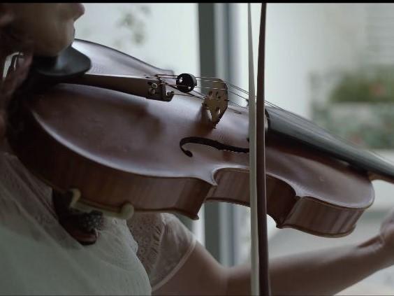 J. S. バッハ:無伴奏チェロ組曲 第6番 ニ長調 BWV 1012(ヴィオラ版)から Sarabande